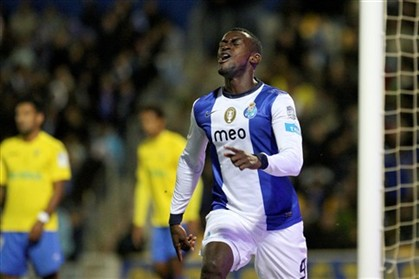 AVB denies any Tottenham interest in Jackson Martinez & Bernard [Desporto]