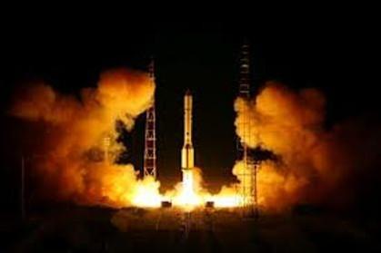 Foguete russo com três satélites explodiu no lançamento