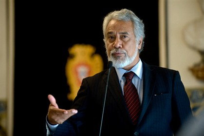 Rússia compra voto de Timor e edita poemas de Xanana