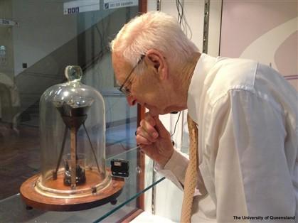 Morreu o cientista da mais longa experiência do mundo