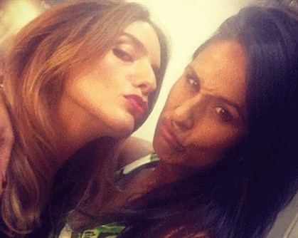 Rita Pereira beija na boca Leonor Seixas