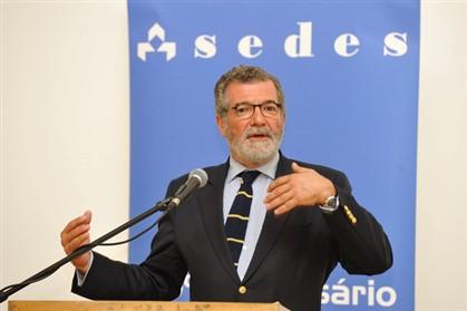 A Sedes é liderada pelo antigo ministro das Finanças, Campos e Cunha