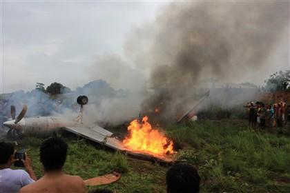 Oito mortos e dez feridos na queda de avião na Bolívia