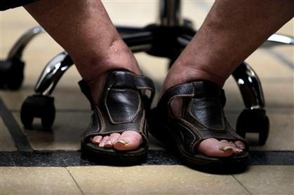 As sandálias de Mujica