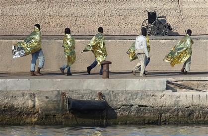 Mais de 500 imigrantes intercetados na Sicília