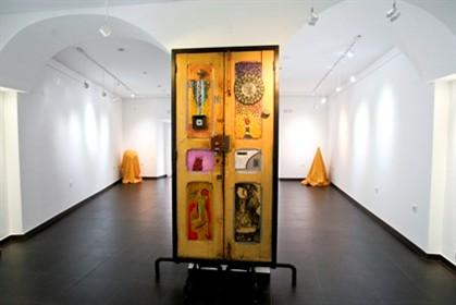 Deputados ouvem autores da petição pelas obras de Miró