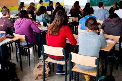 121 mil alunos realizam hoje teste diagnóstico de inglês