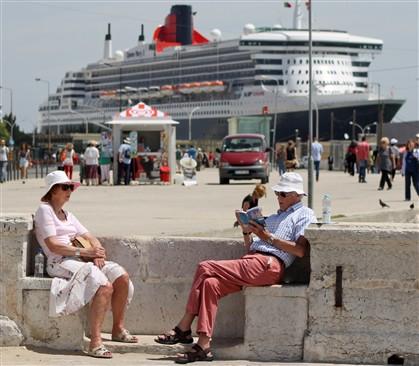 """Lisboa encheu-se de turistas e recebeu uma nova """"paisagem"""""""