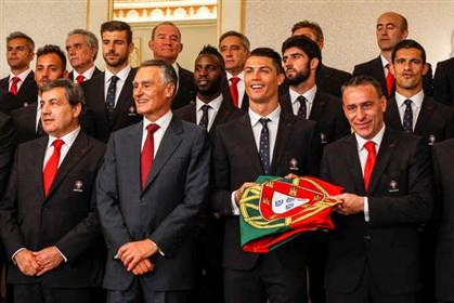 Cavaco Silva recebeu hoje em Belém a comitiva da Seleção Nacional
