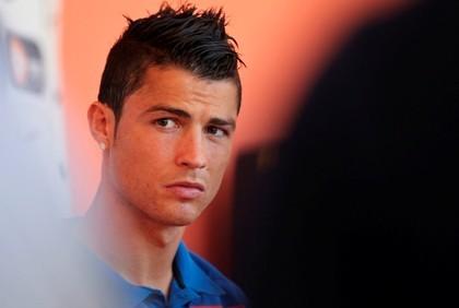 Bruxo do Gana diz que provocou a lesão de Ronaldo