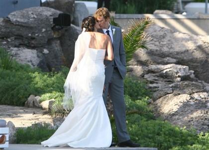 O beijo dos noivos