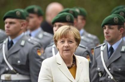 Políticas orçamentais põem em causa a UE, diz Merkel