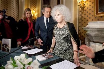A duquesa de Alba na apresentação da sua autobiografia, 'Eu, Cayetana',no Hotel Palácio do Estoril em 2012