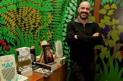 """Afonso Cruz: """"Não escrevo debaixo de um sobreiro"""""""