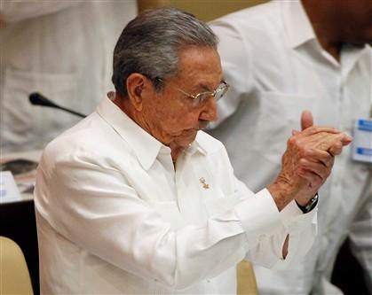 Raúl diz que Cuba nunca renunciará ao seu sistema político socialista