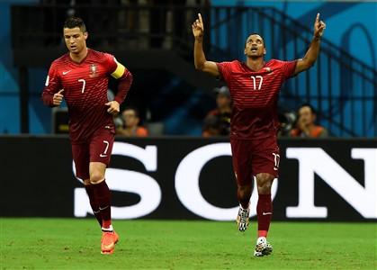 """Varela adia o """"adeus"""" de Portugal ao Mundial 2014"""