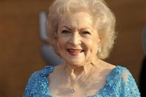Salsichas e vodka s�o o segredo de Betty White