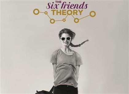 Dar a volta ao mundo para comprovar a teoria dos seis amigos