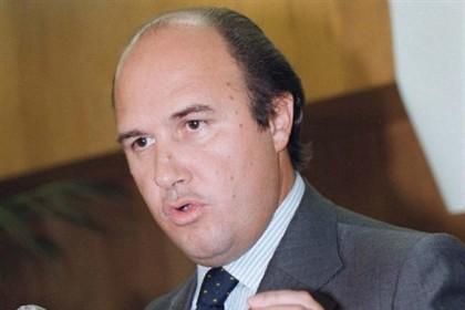 Processo de peculato de Vale e Azevedo está suspenso
