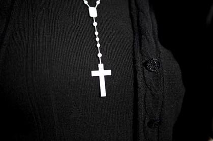 Padre católico considera celibato de Hitler exemplo para sacerdotes