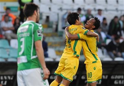 Sporting regressa aos triunfos no Bonfim quatro anos depois