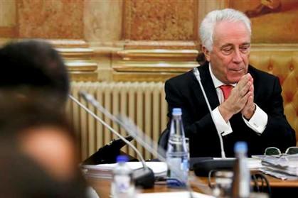 Passos Coelho admite manter Carlos Costa no Banco de Portugal