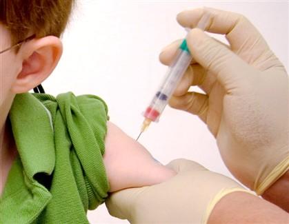 O menino diagnosticado com difteria em Espanha não era vacinado contra a doença.