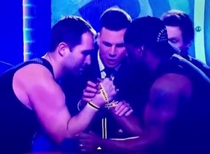 Ben ross jogador de rugby braço quebrado ao vivo australia tv braço de ferro queda de braço