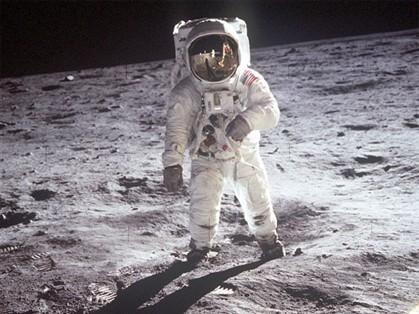 O homem foi à Lua? Rússia duvida e pede uma investigação internacional