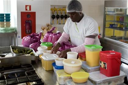 Cantinas sociais serviram quase 48 mil refeições por dia no primeiro semestre