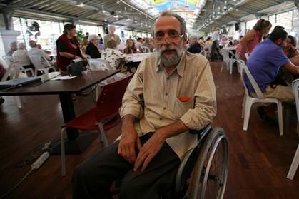 Assembleia da República estuda soluções de acessibilidade para deputado do Bloco de Esquerda