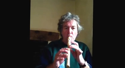 "Ap�s despedimento de Jeremy Clarkson, colega James May lan�a o ""canal do desempregado"" no YouTube"