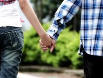 Mais de quatro queixas por dia por violência no namoro em meio escolar