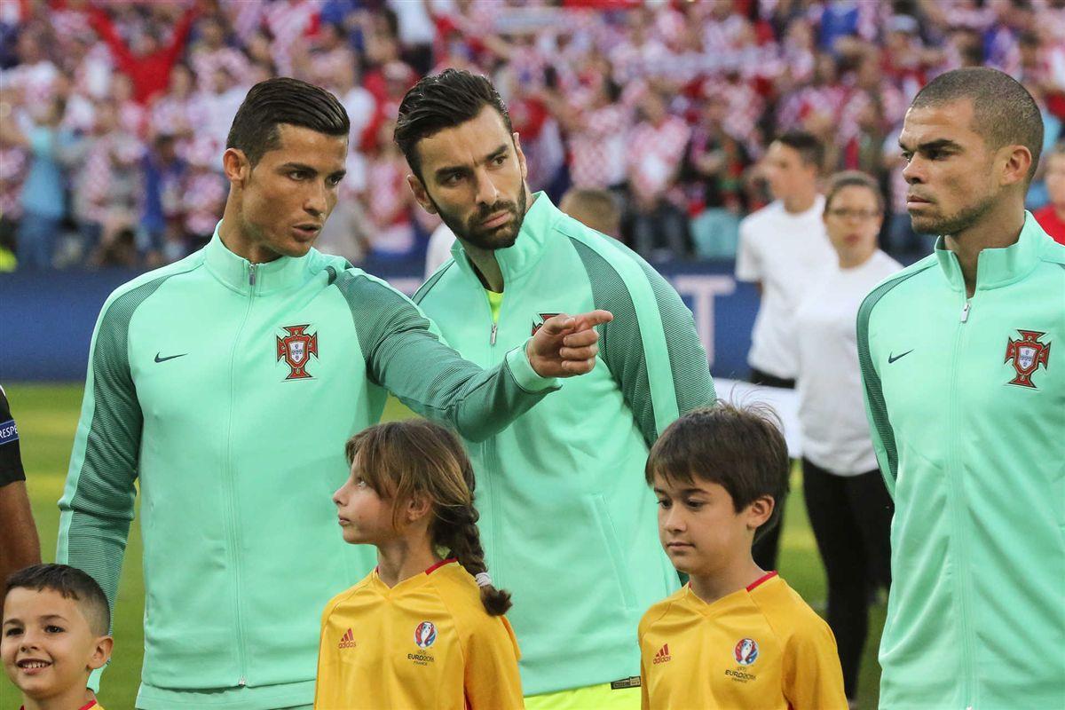 Prémio Rui Patrcio Ronaldo e Pepe nomeados para a Bola de Ouro