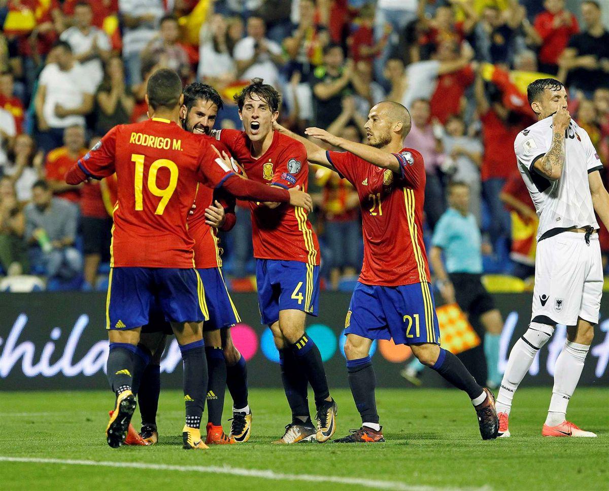 a61baa7689 Espanha carimba passaporte para o Mundial