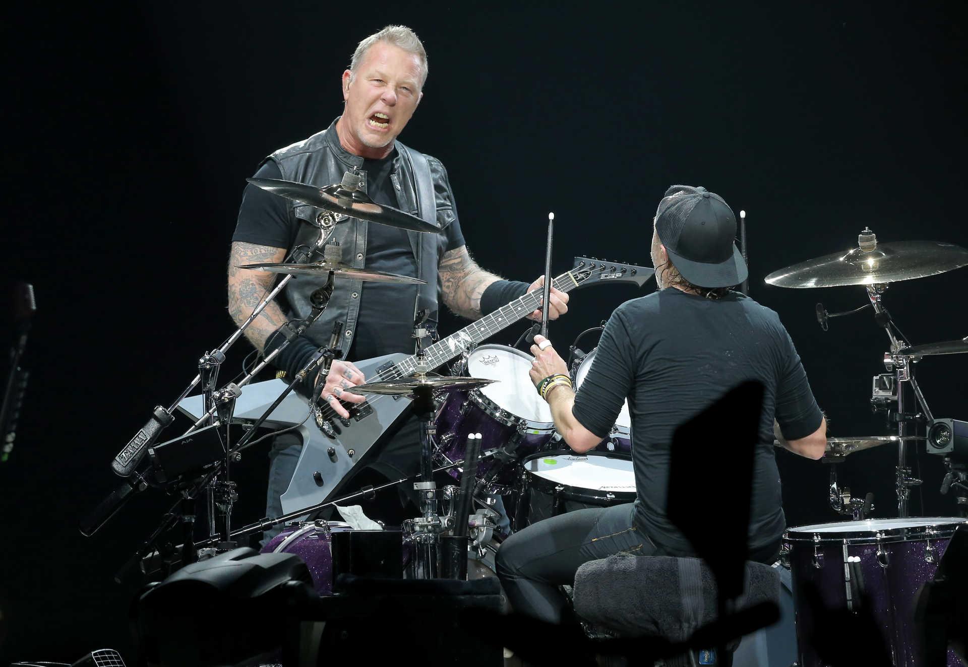 Metallica Tocam A Minha Casinha Dos Xutos Em Lisboa