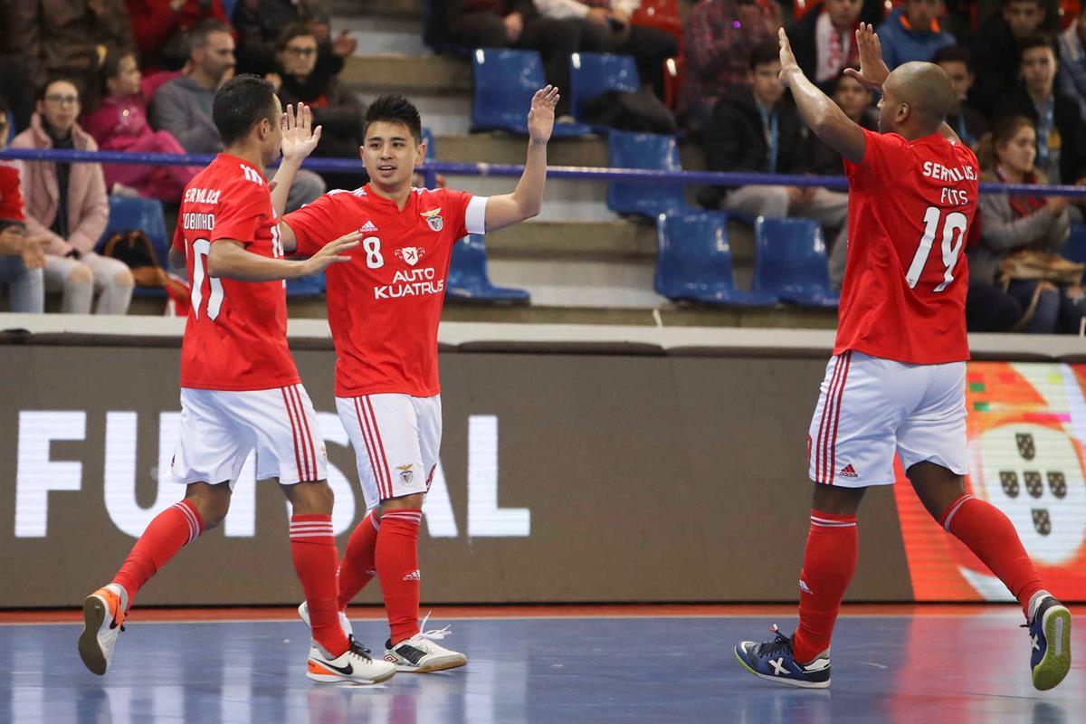 0a092e2664 Benfica goleia Futsal Azeméis e está nas meias-finais da Taça da Liga