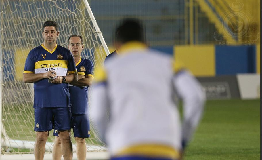 Rui Vitória estreia-se com goleada na taça saudita bd4ade1d6d84c