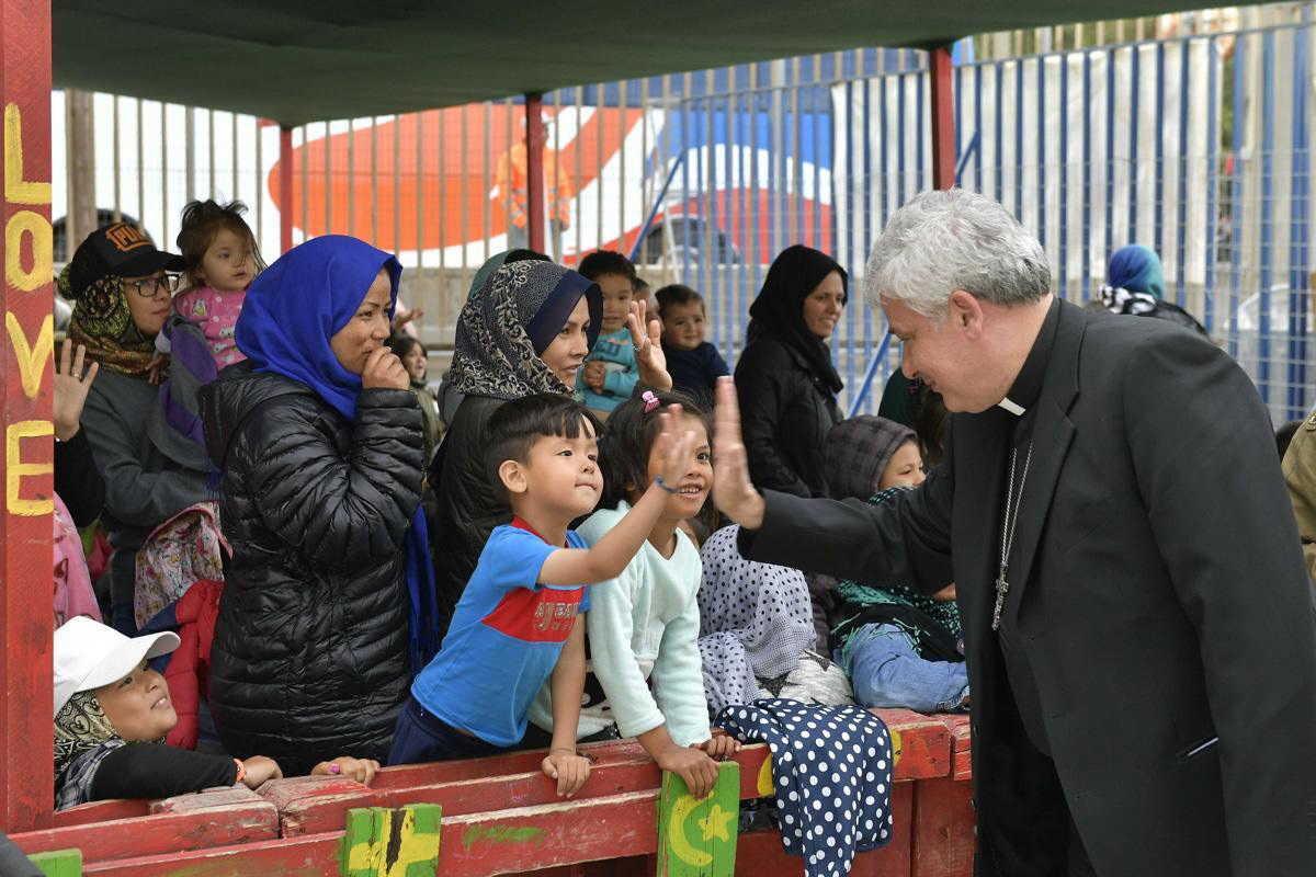 Image result for cardeal Krajewski e os pobres