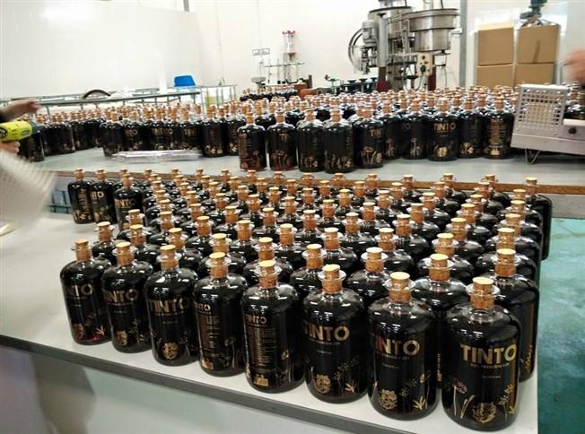 Primeiro gin tinto do mundo é de Valença