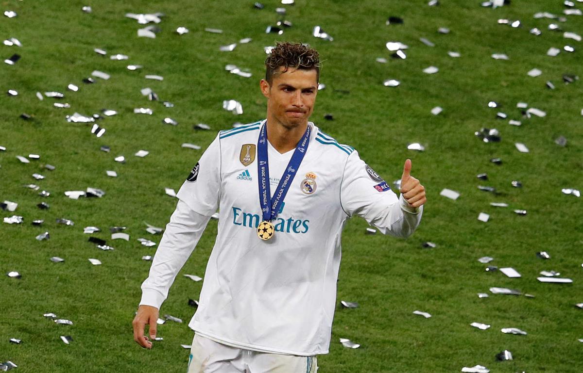 a2d9f5b1b99bb Cristiano Ronaldo candidato a melhor jogador do ano da UEFA, Messi de fora