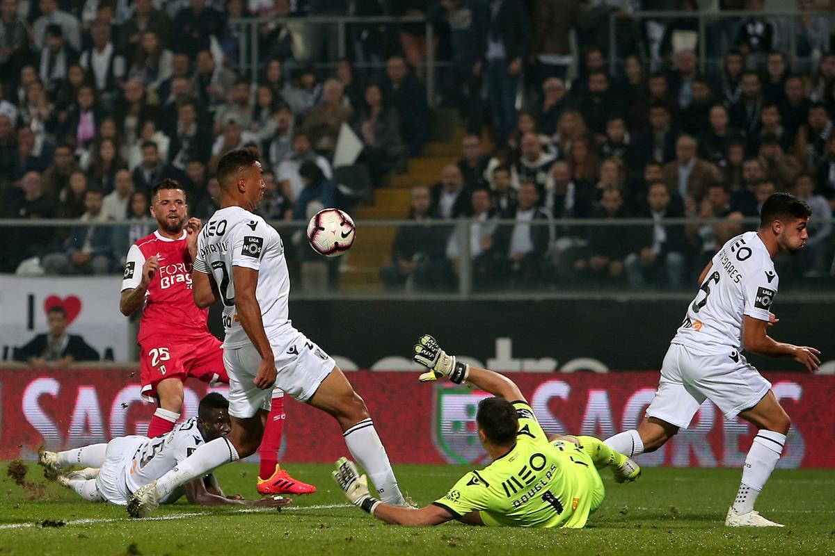 d2e4730e18 Vitória de Guimarães e Braga empatados ao intervalo. Veja os golos