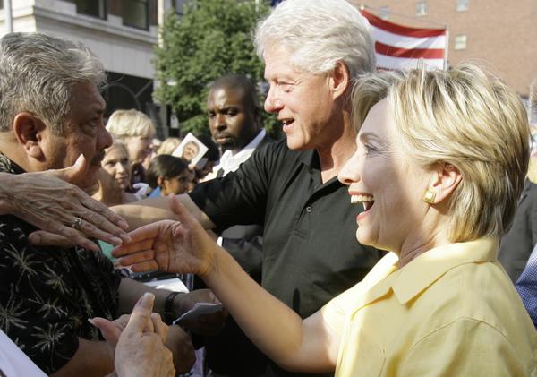 Resultado de imagem para Engenho explosivo encontrado no correio enviado para a família Clinton