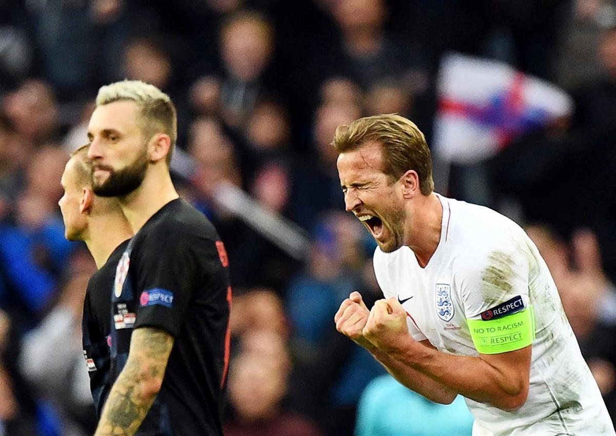 aae37a8d28 Inglaterra vence Croácia e junta-se a Portugal na fase final da Liga das  Nações