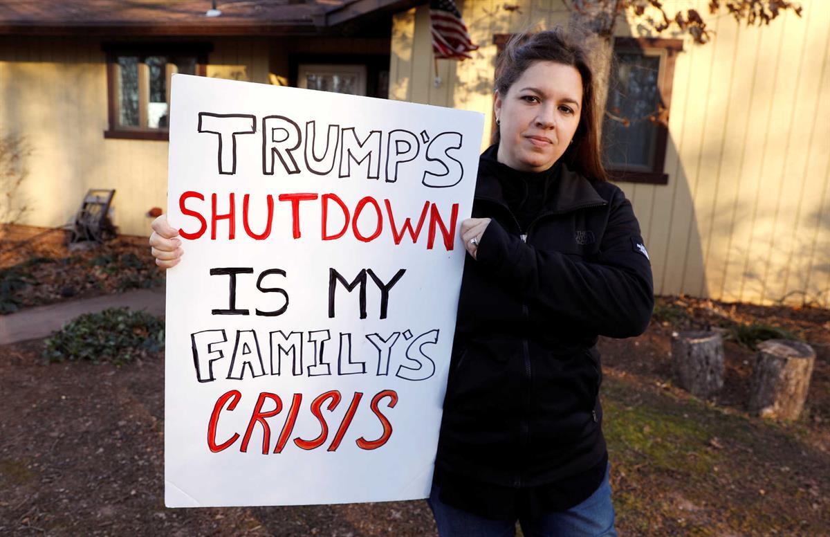 Resultado de imagem para Shutdown de Trump bate recorde na história dos EUA