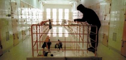 Recapturados dois evadidos da prisão