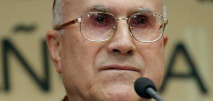 Paris condena declarações do cardeal Tarcisio Bertone