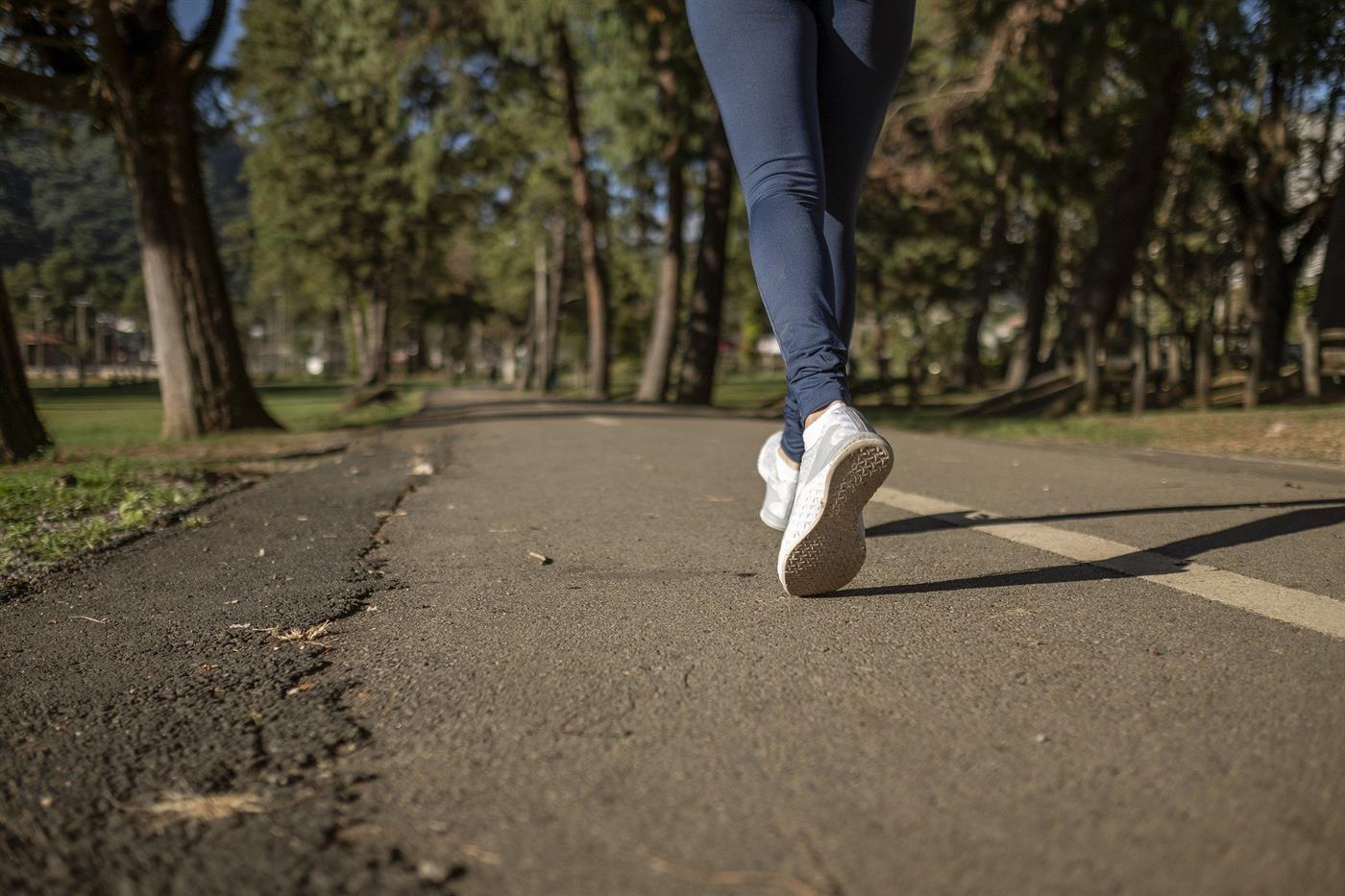 É seguro correr no exterior ou existe risco de contágio? TSF