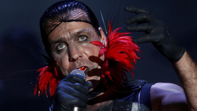 Vocalista dos Rammstein internado nos cuidados intensivos com Covid-19 Image