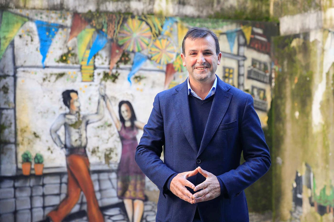 Vitorino Silva vai cancelar campanha durante novo confinamento - TSF